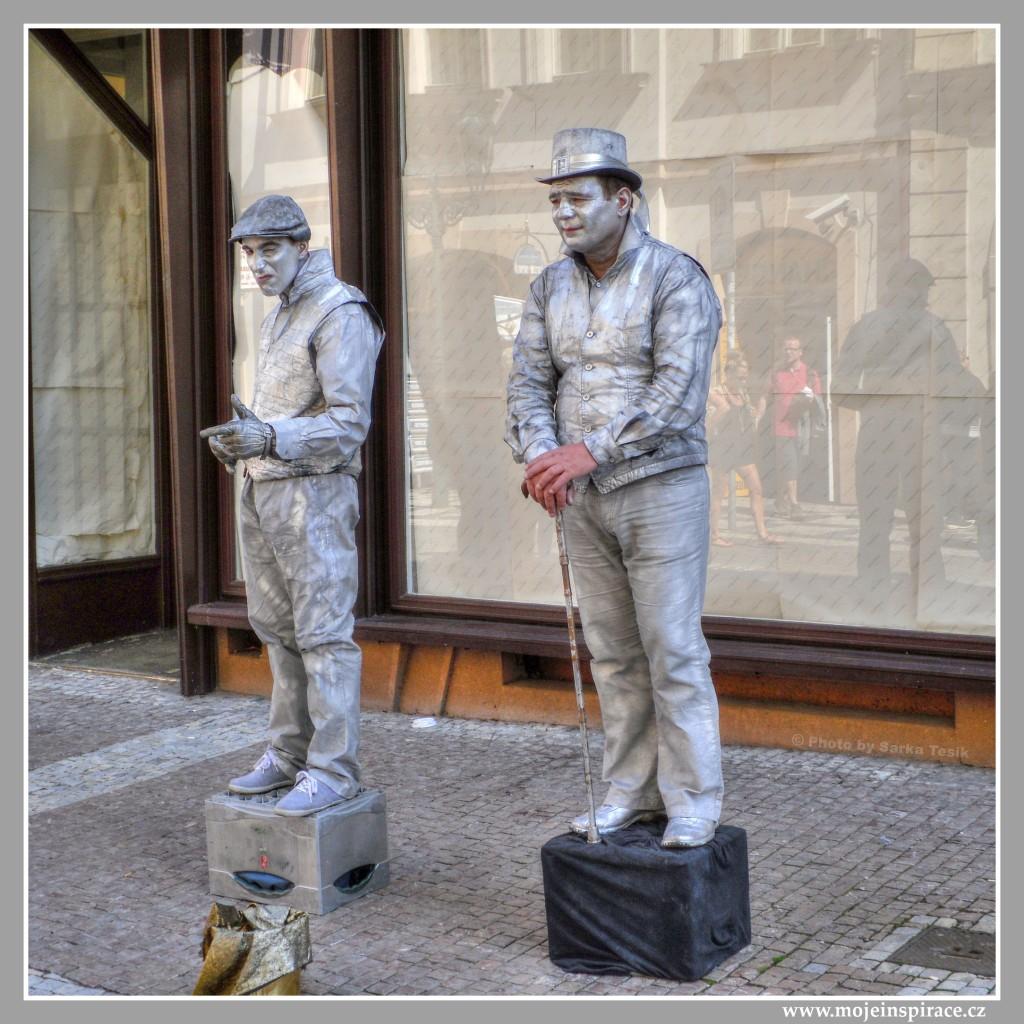 Živé sochy